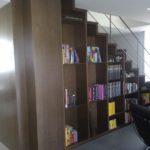libreria-en-roble-macizo
